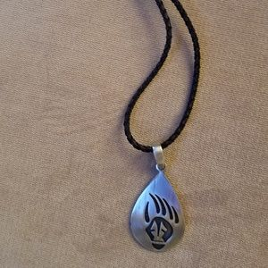 Jewelry - Bear claw leather and sterling necklace